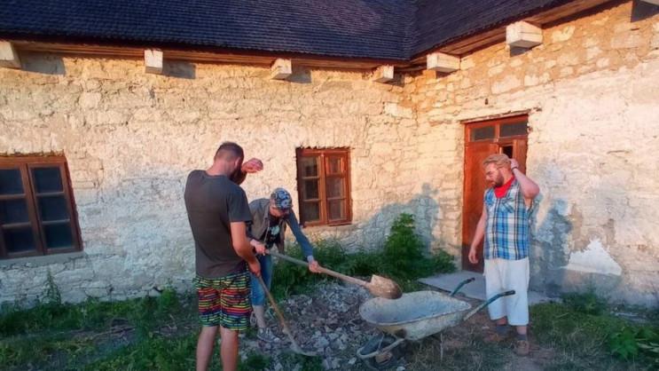 На Хмельниччині облаштовують літню резид…