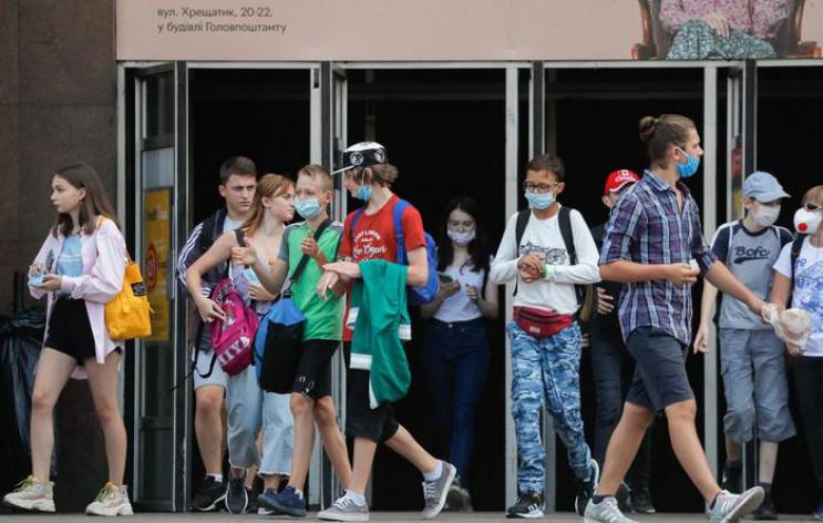 У Києві за добу коронавірус підхопили 27…
