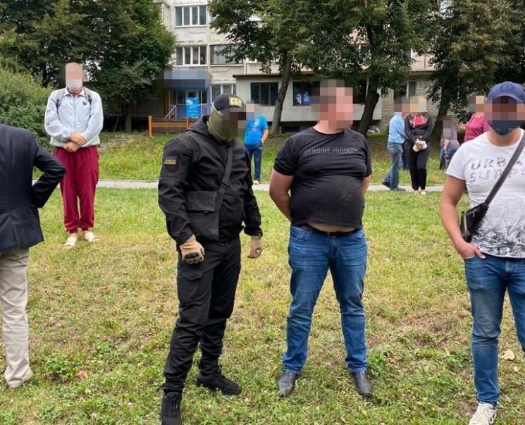 Спецоперація в Тернополі: На хабарі у ро…