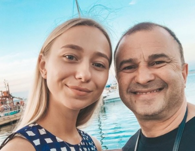 Кохана Віктора Павліка скасувала весілля…