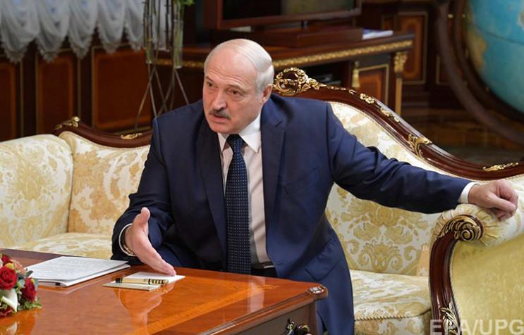 Реформа від Лукашенка: Як бацька намагає…