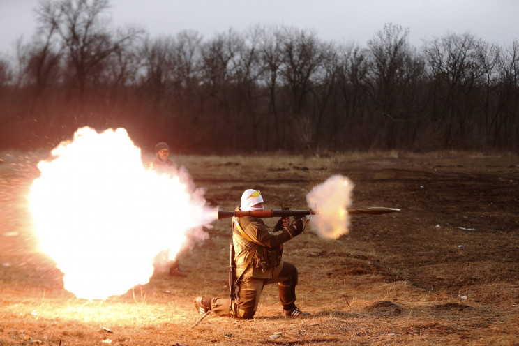 Вихідні в ООС: Бойовики стріляють з гран…