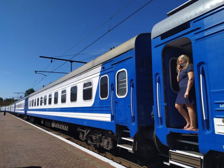 Поїзд на Тростянець зупинятиметься в Кон…
