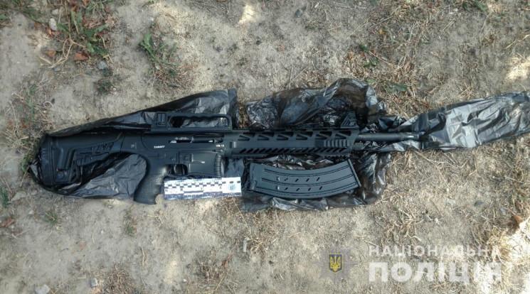На Одещині чоловік обстріляв з рушниці б…