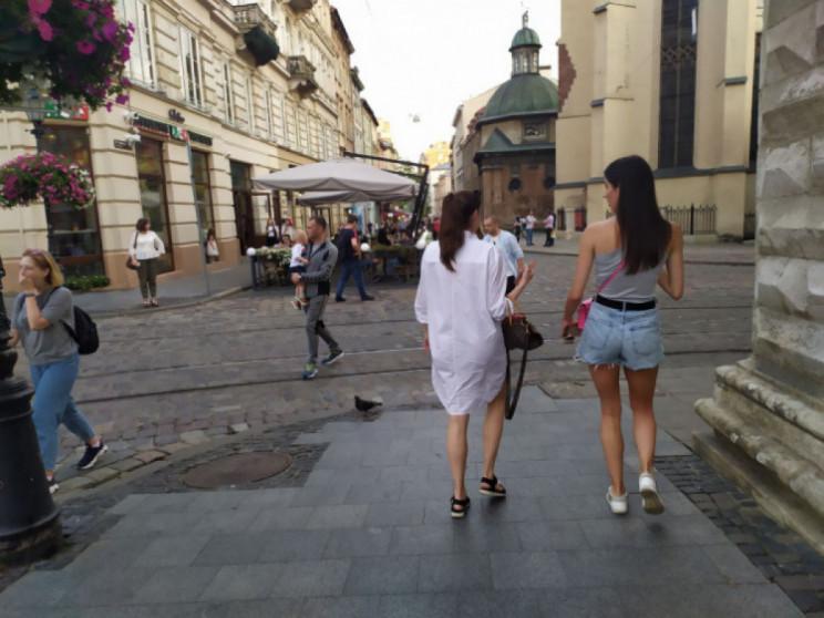 Як у центрі Львова розважаються у вересн…