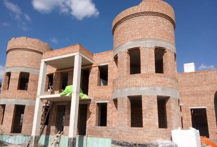 У Подільському зоопарку триває будівницт…