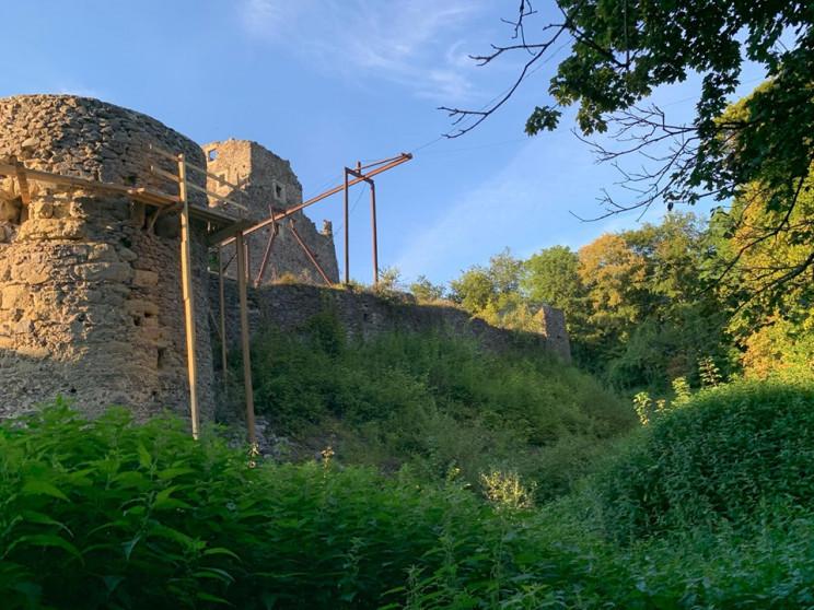 Реставрацію Невицького замку завершать д…