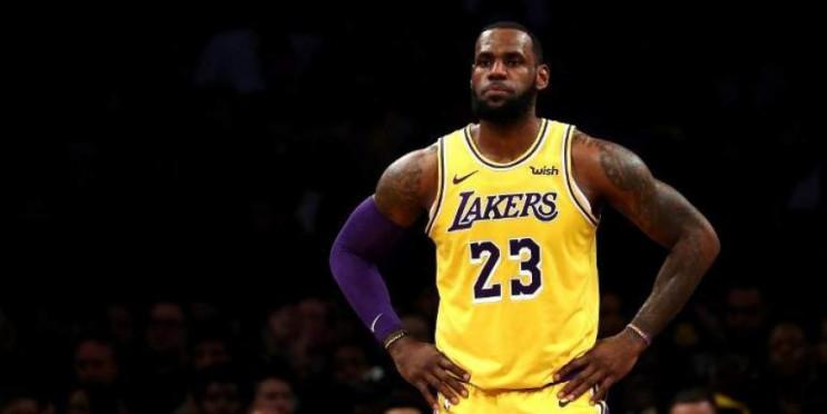 Легендарний баскетболіст розлючений резу…