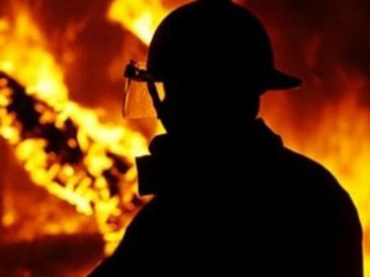 В Харьковской области загорелись гаражи…