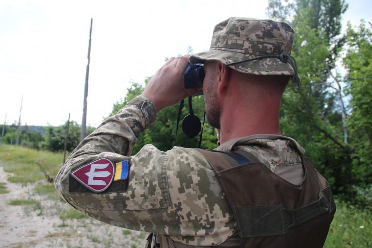 Боевики стреляют и роют новые окопы…