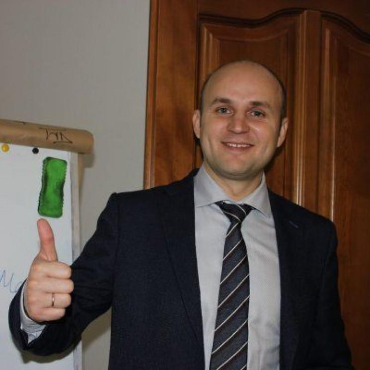 Скандальний чиновник Садового назвав баж…