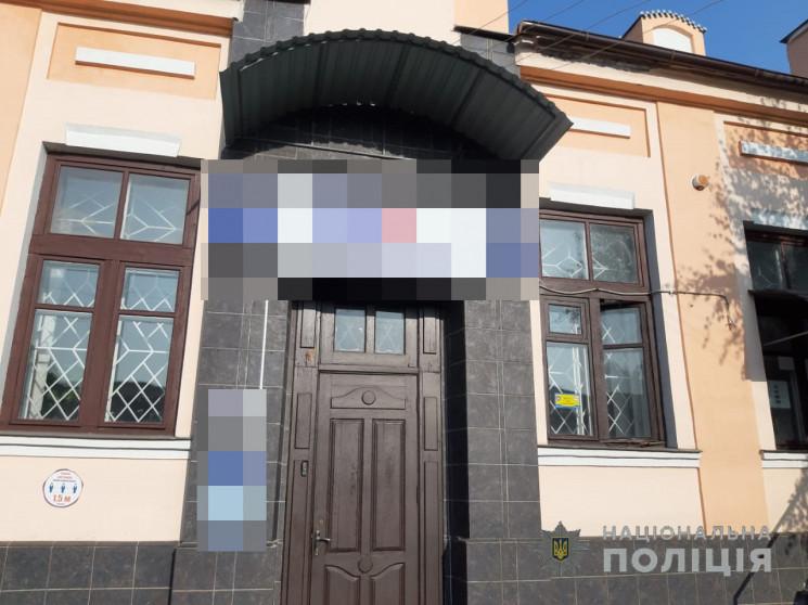 На Харківщині двоє дівчат-підлітків зірв…