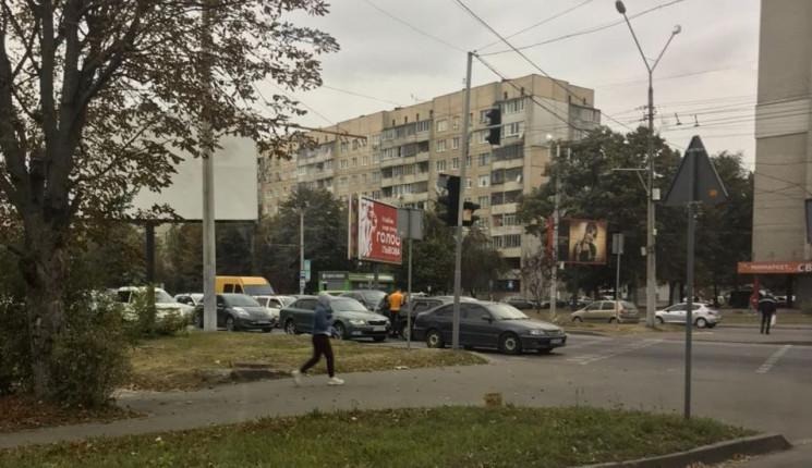 У Львові виник затор через ДТП на магіст…