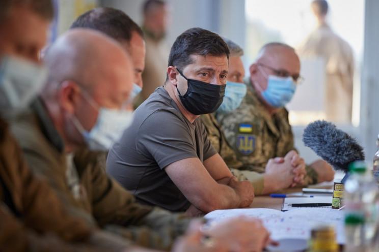 Зеленський обговорив на Донбасі роботу Т…