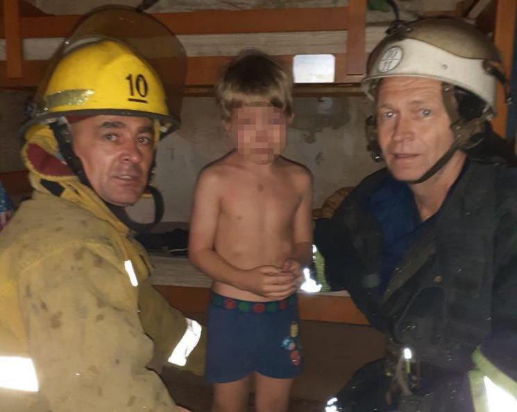 На Запоріжжі семирічний хлопчик підпалив…