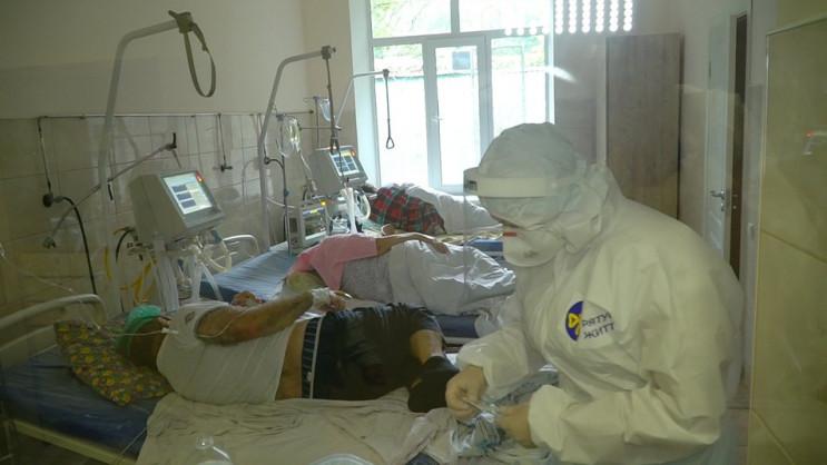 Из-за вспышки COVID-19 в винницких больн…