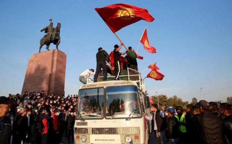 У столиці Киргизстану ввели надзвичайний…