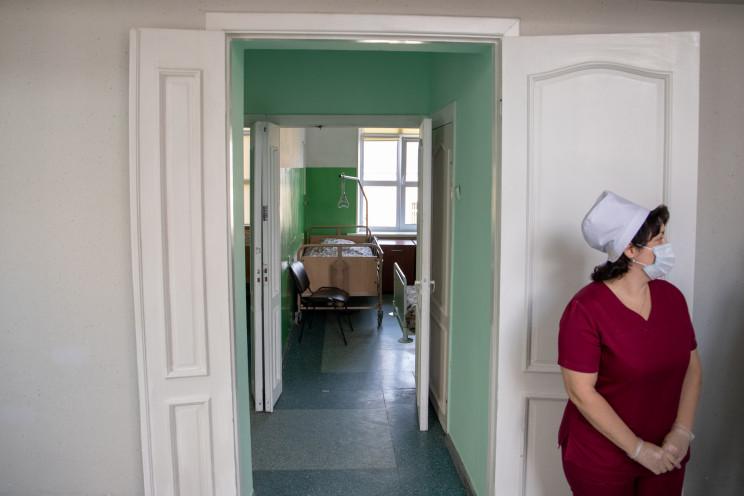 У 22 столичних лікарнях облаштували майж…