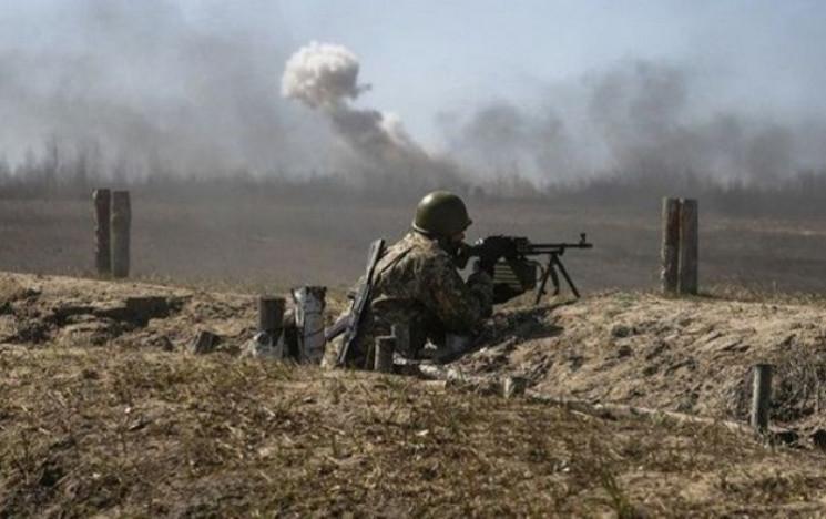 Війна на Донбасі: Окупанти стріляли з гр…