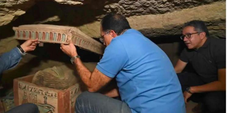 В Египте нашли сразу 80 древних гробов…