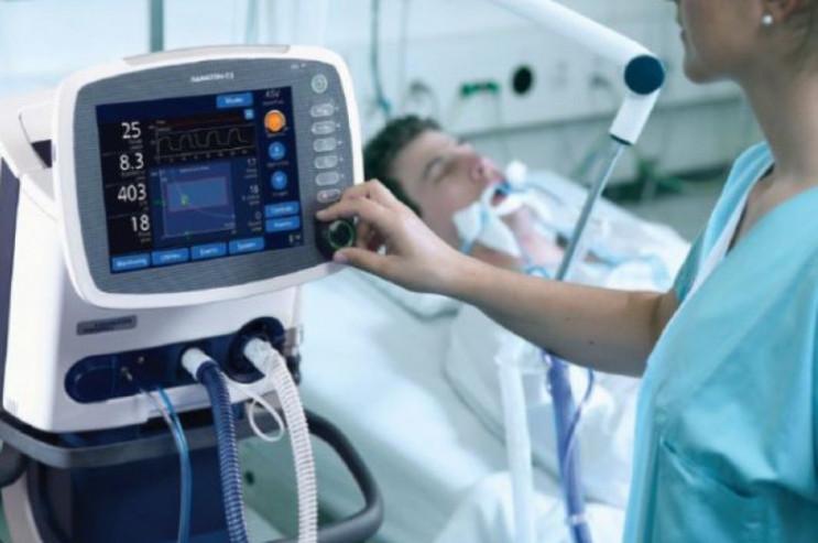 В Одесі четверо пацієнтів з COVID-19 під…