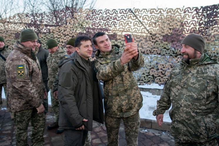 Армейские потуги президента: Как Зеленск…