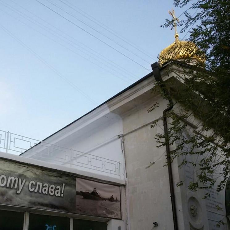 Оккупанты испортили уникальное здание в…
