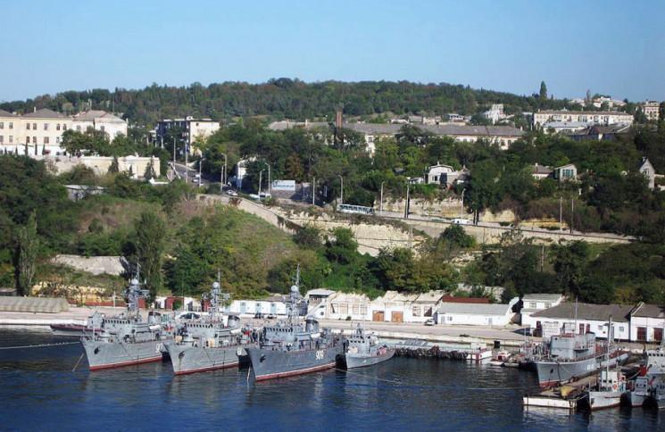 В Севастополе отключили свет и перекрыли…