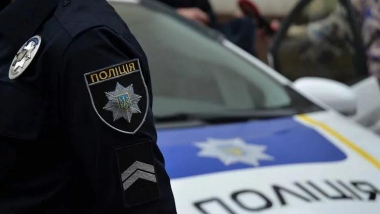 На Тернопільщині побили копа на виборчій…