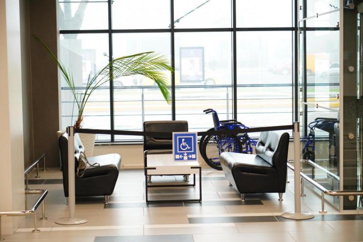 У новому терміналі запорізького аеропорт…