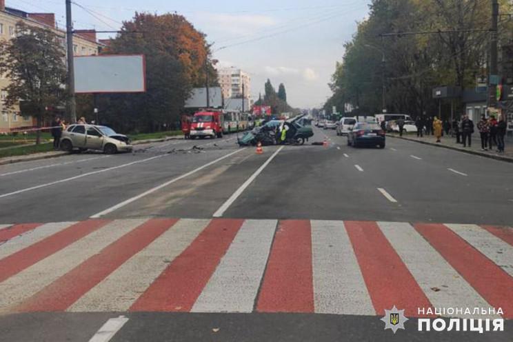 Копи розшукують водія, що у Хмельницьком…