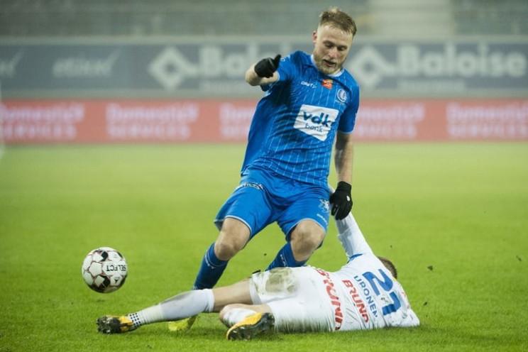 Украинские футболисты снова не спасли бе…