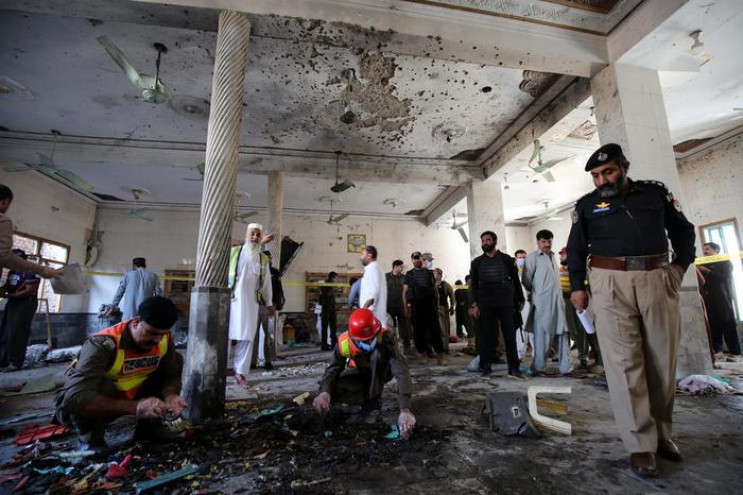 У Пакистані в школі підірвали бомбу: Пос…