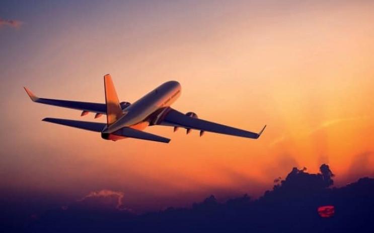 Лоукостер возобновляет рейсы из Херсона…