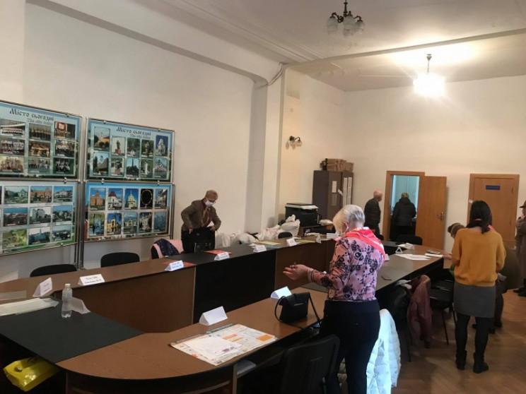 Чернівецька міська ТВК опрацювала 30% пр…