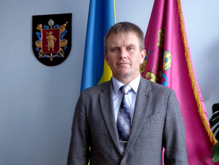 Зеленский восстановил в должности уволен…