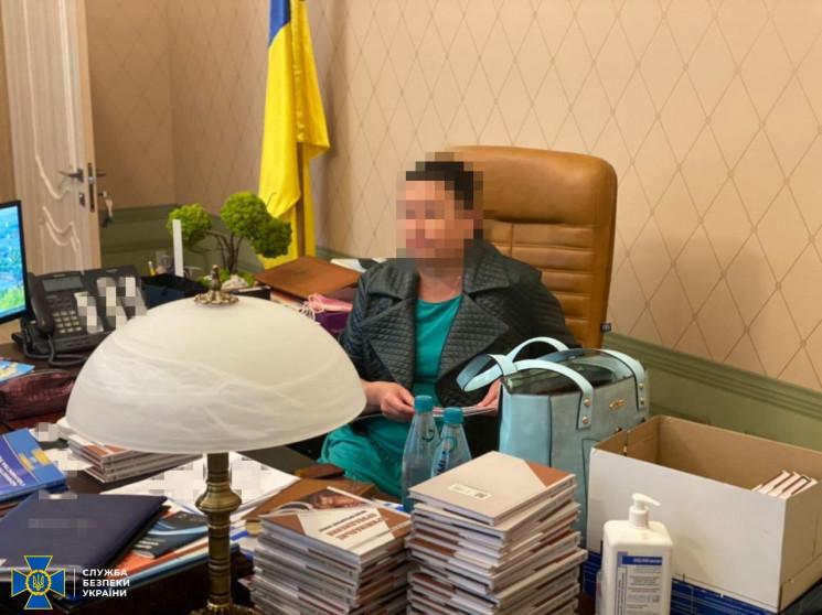 Суд оставил в должности главу Харьковско…