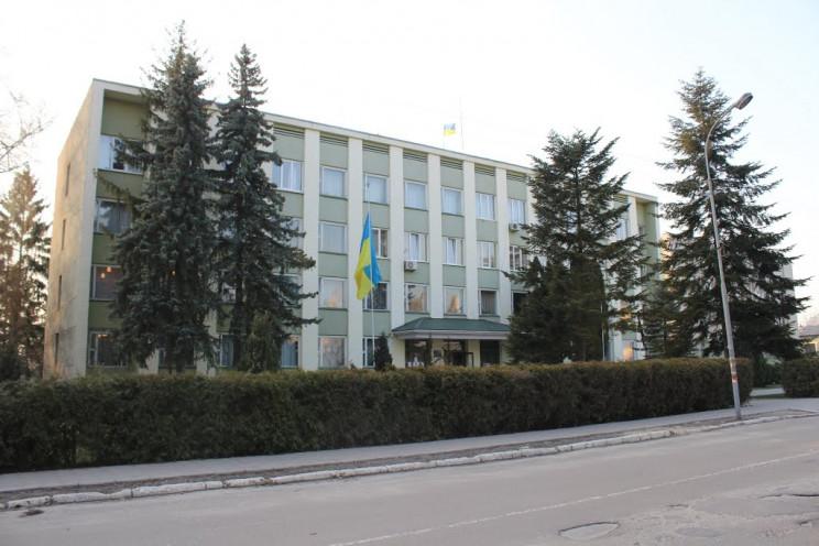 Выборы мэра Каменки-Бугской выигрывает О…