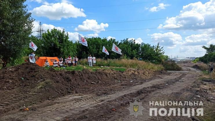В Харькове молодчики напали на журналист…