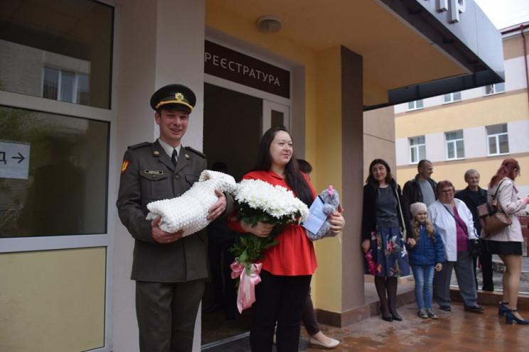 Друзья, родные и оркестр: В Тернополе та…