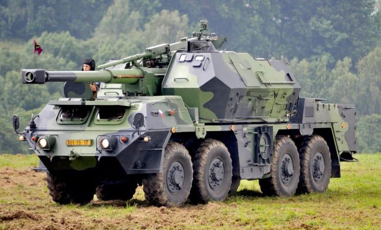 """ЗСУ можуть озброїти чеськими САУ """"Дана""""…"""