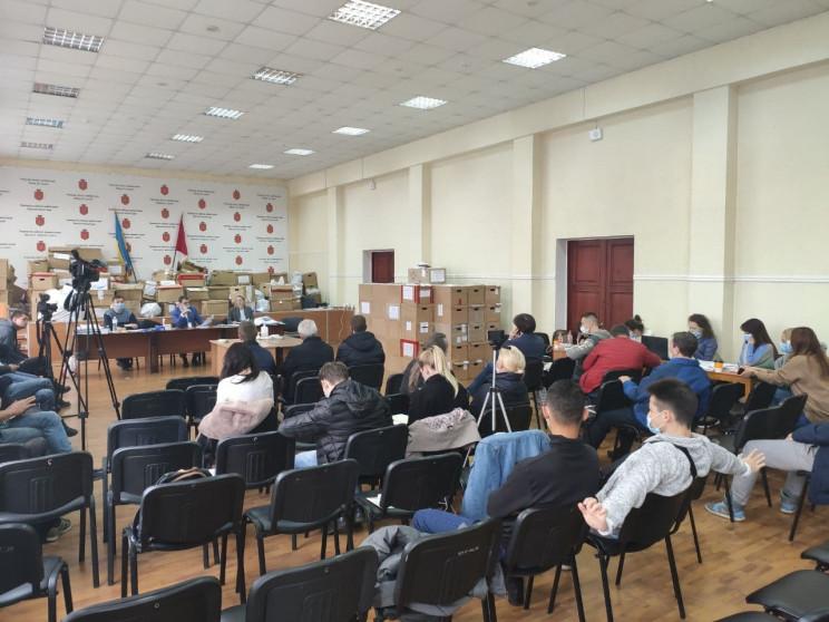ТВК в Одесі завершують прийом протоколів…