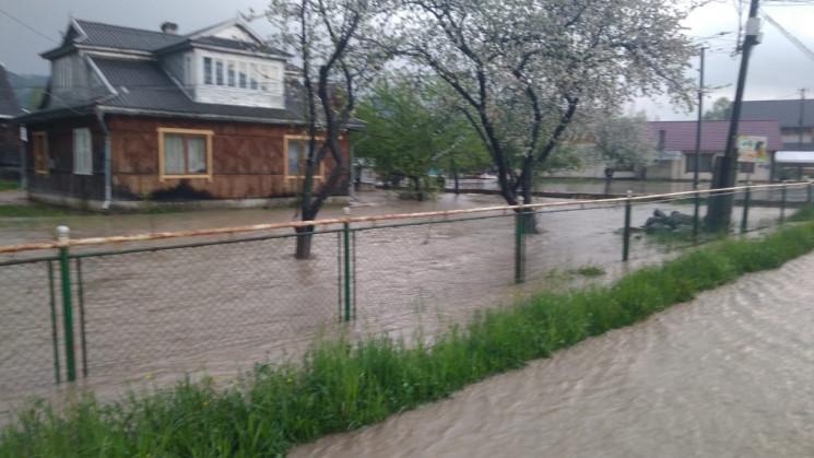 Прикарпатців попереджають про сильні дощ…