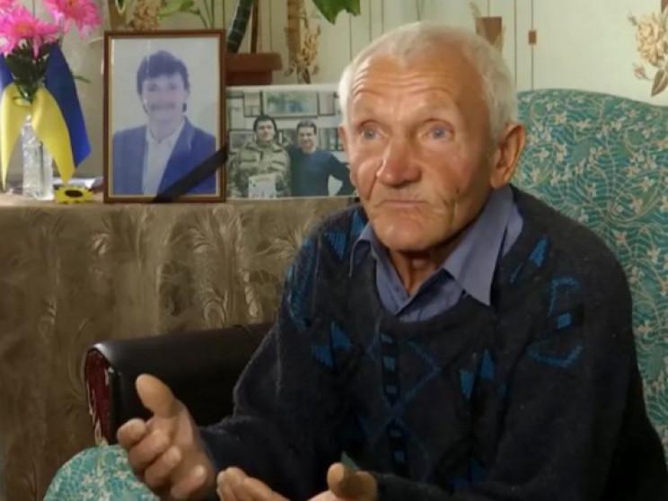 У 71-летнего отца погибшего героя АТО го…