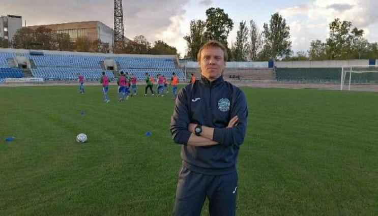 Ще одна тренерська відставка в українськ…