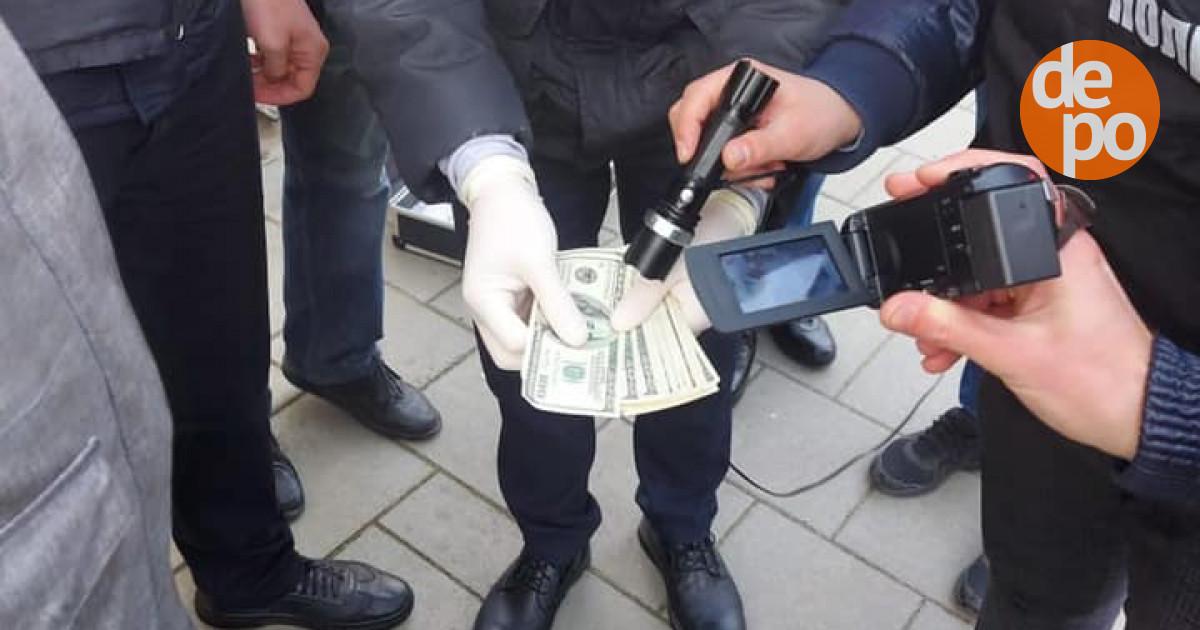 На Львівщині СБУ викрила на корупції працівника апарату суду – новини Львова