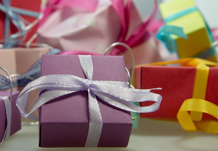 Що подарувати на Новий рік подрузі: ТОП-…