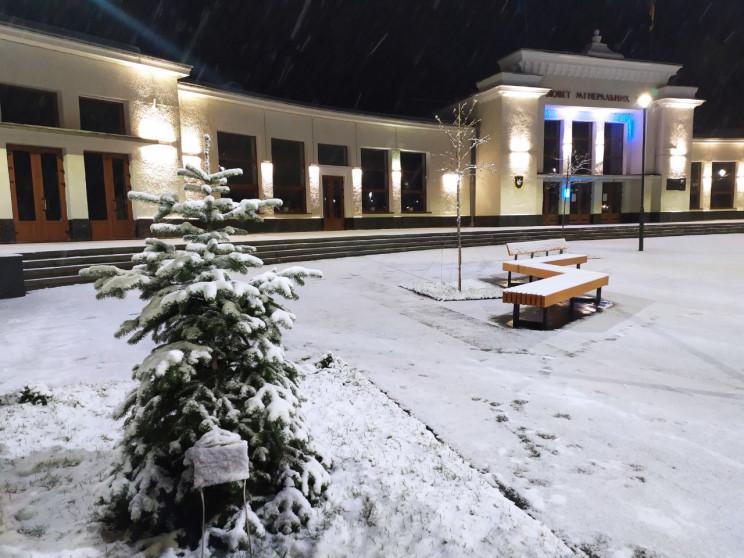 У Трускавці випав перший сніг (ФОТО, ВІД…