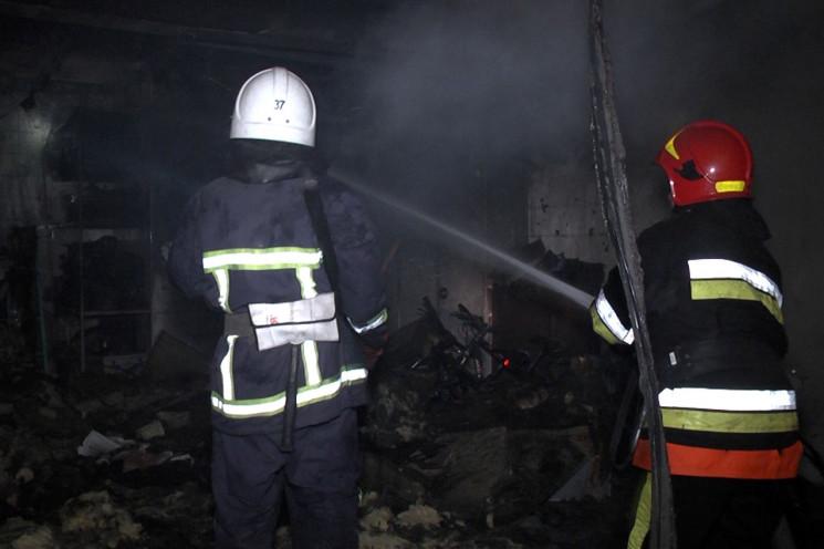 У Хмельницькому вигорів гараж…