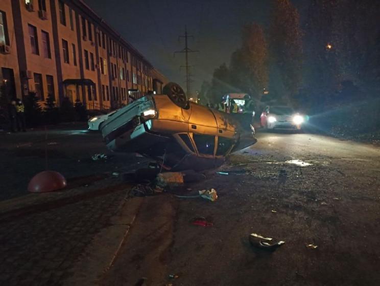 В Харькове пьяный водитель съехал с мост…